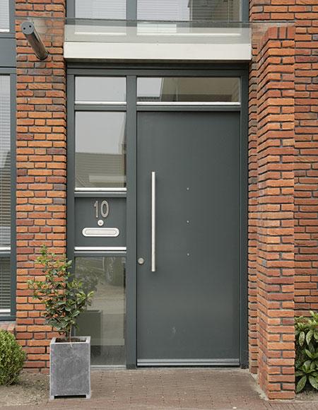 Verwonderlijk Moderne vlakke deuren met extra aandacht voor de vormgeving WJ-34